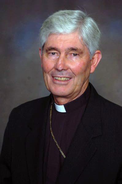 DSC_7683 Bishop H._397x600
